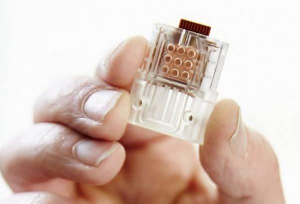 La penna Usb per il test fai-da-te che misura le particelle del virus Hiv presenti nel sangue (fonte: Imperial College London)