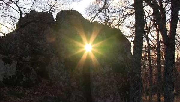 """Il solstizio d'inverno alle """"Petre de la Mola"""" (fonte: Francesco Foschino)"""