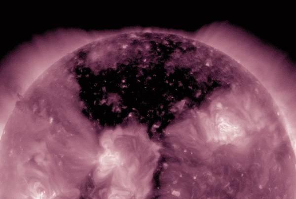 Sul Sole spunta un 'buco' nero (fonte: Nasa/Sdo)