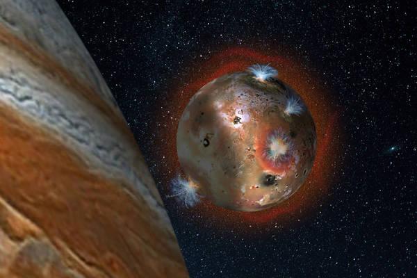 L'ombra di Giove sconvolge l'atmosfera di una delle sue lune, Io (fonte: SwRI/Andrew Blanchard)