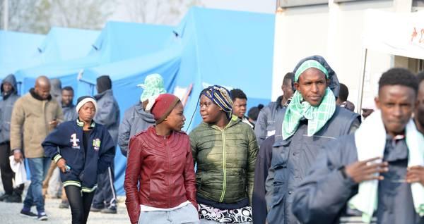 Migranti: Corte Ue, anche con crisi vale la regola Dublino