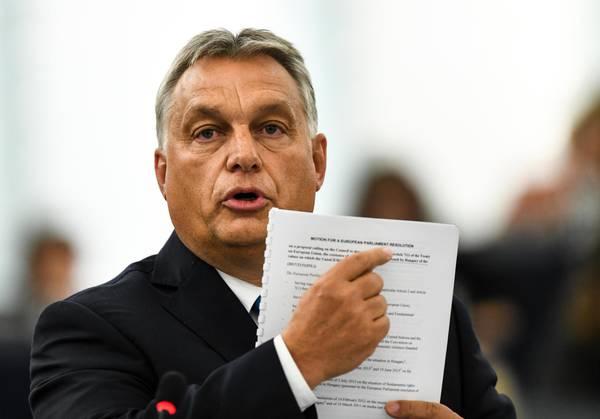 Il premier ungherese Viktor Orban alla plenaria del Parlamento europeo a Strasburgo