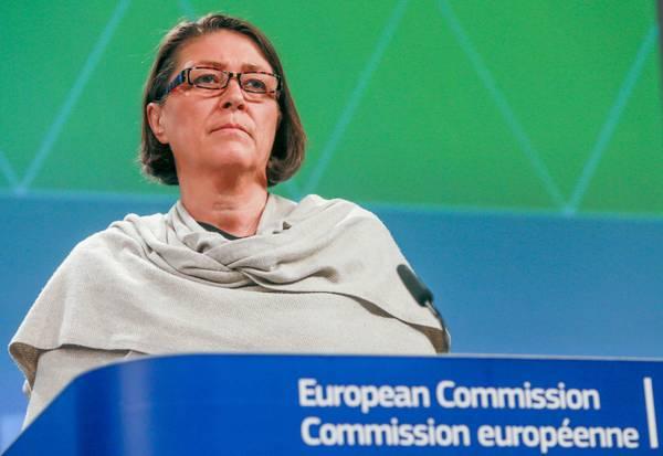 La commissaria Ue ai trasporti, Violeta Bulc