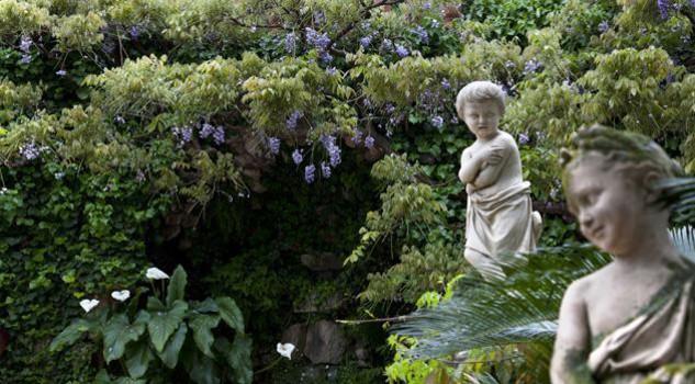 I giardini di villa della pergola ad alassio in piena for Giardini villa della pergola