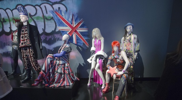 Jean paul gaultier la moda il mio sogno e la mia libert for Stilista francese famoso