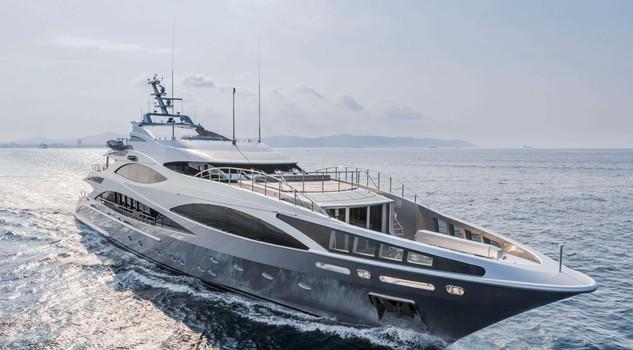 super ricchi con lo yacht per l 39 italia una grande