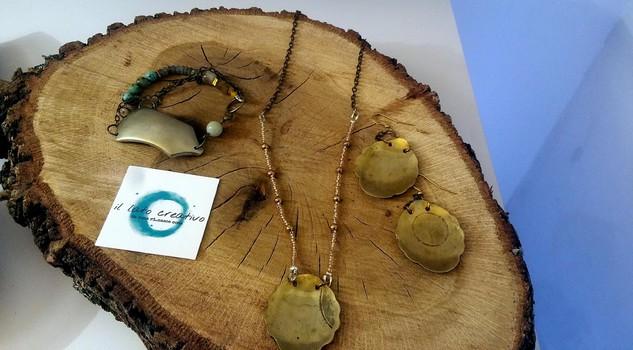 Dal riciclo al riuso a natale regali di seconda mano ma for Oggetti usati in regalo