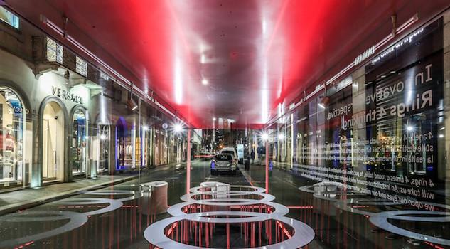 Audi city lab protagonista a milano con q2 e h tron for Interno q2