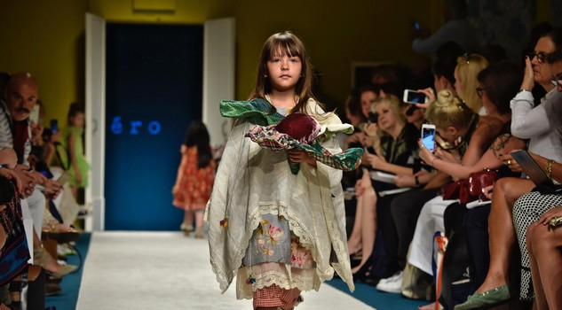 Immmagine Bimbo children's fashion event: Cape/Pero