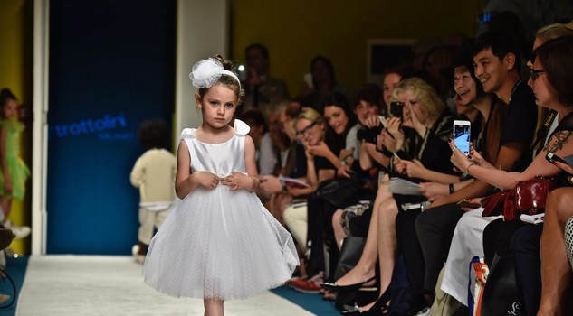 Immmagine Bimbo children's fashion event: Trottolini
