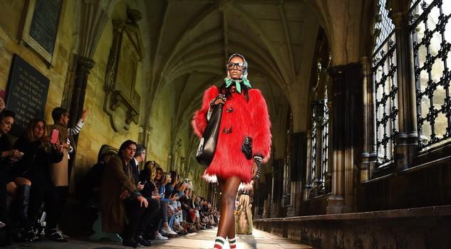 Gucci a westminster sacro e profano a londra sfilate for Porticati vecchio stile