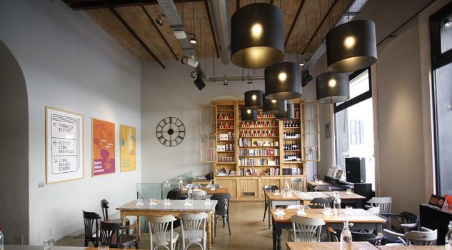 Salotto ristorante luogo di socialit cos cambiano le for Librerie acquisto on line