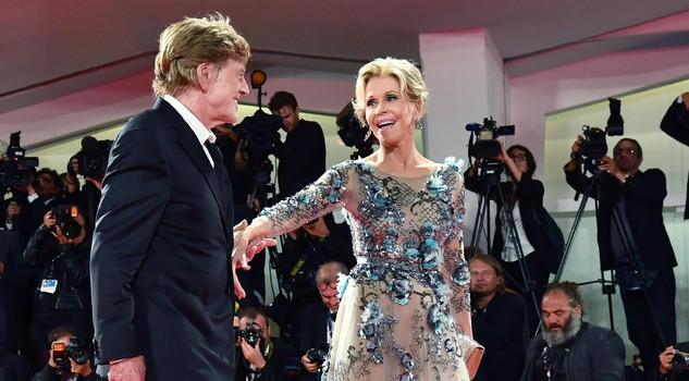 """Mostra del cinema: film ed eventi in programma oggi. Leoni d'oro a Fonda e Redford. In Concorso """"Human Flow"""" e"""
