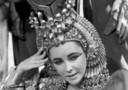 Liz Taylor nei panni di Cleopatra