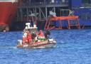 I sub dei vigili del fuoco alla ricerca dei due corpi dispersi della Costa Concordia, Isola del Giglio, in un afoto di archivio