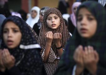 Morti e feriti in Libia mentre in Siri non si placa la guerra tra esercito e ribelli. Sparatoria in una moschea in Daghestan, in Sudan eplode un aereo in volo verso i festeggiamenti