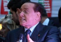 Silvio Berlusconi in piazza San Fedele a Milano sabato 29 per la manifestazione