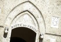 Una veduta esterna di Palazzo Salimbeni, sede del Monte dei Paschi di Siena (ANSA)