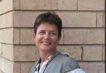 Jacqueline Anne Sutton, l'ex giornalista Bbc trovata morta all'aeroporto di Istanbul, in una foto  tratta da Facebook (ANSA)