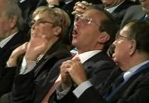 Gianfranco Fini alla direzione del Pdl nella quale disse al Cav 'Che fai mi cacci?' (ANSA)