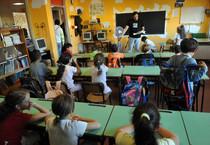 Renzi: 'L'Italia riparte dalla scuola, diamole il 5 per mille' (ANSA)