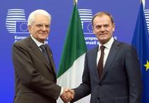 Sergio Mattarella con il presidente del Consiglio Europeo Donald Tusk (ANSA)