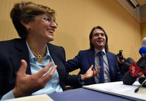 Raffaeòe Sollecito e Giulia Bongiorno (ANSA)