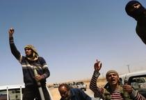 Decine di vittime in scontri in Libia (ANSA)
