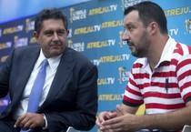 Da sinistra, il consigliere politico di Forza Italia, Giovanni Toti e il segretario della Lega Nord, Matteo Salvini (ANSA)