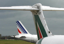Alitalia divorzia da Air France,2017 fine partnership (ANSA)