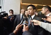 Mr Bee rilascia interviste al termine dell'incontro con Silvio Berlusconi (ANSA)
