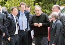 Il premier Matteo Renzi in visita allo stabilimento Fca di Melfi, accompagnato dall'ad di Fca Sergio Marchionne e dal presidente di Fca John Elkann, Melfi (Potenza) (ANSA)