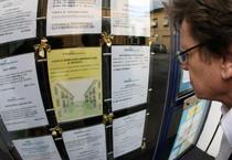 Prezzi delle case continuano a scendere (ANSA)