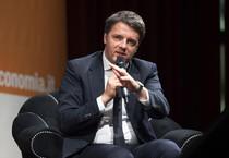 Il  presidente del Consiglio, Matteo Renzi, al Festival dell'Economia presso l'auditorium Santa Chiara  di Trento. Foto Ufficio stampa Palazzo Chigi/ Tiberio Barchielli (ANSA)