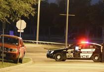 La polizia sul luogo della sparatoria (ANSA)
