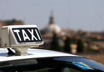 Una tassista denuncia, abusi sessuali da cliente a Roma (ANSA)