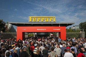 Ferrari, record di visitatori al Family Day (ANSA)