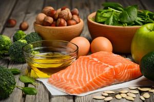 Alimenti con presenza di Omega 3 (ANSA)