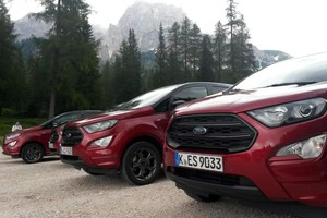 Nuova Ford Ecosport Awd, battesimo in quota a Cortina (ANSA)