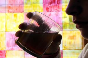 Italiani ed alcol, cresce fra i giovani (ANSA)