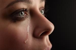Nelle lacrime la salute dell'occhio (ANSA)