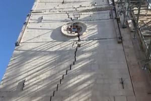 Cade dal tetto, grave pensionato Cabras
