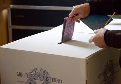 Terremoto politico a Niscemi: arrestato ex sindaco per voto di scambio$