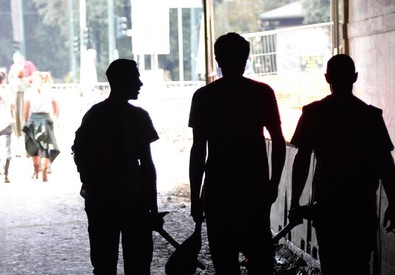 Tre giovani (ANSA)