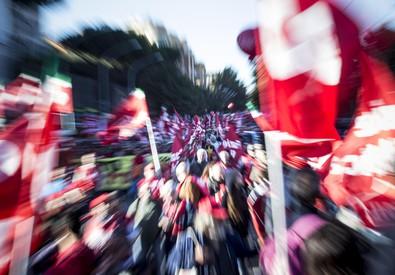 Manifestazione sul lavoro (ANSA)