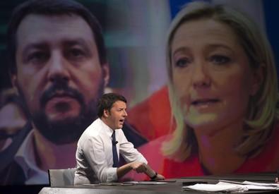 Il presidente del Consiglio, Matteo Renzi, durante la trasmissione 'In mezz'ora' su RaiTre, Roma, 30 novembre 2014. ANSA/MASSIMO PERCOSSI (ANSA)