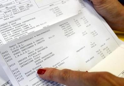 Giugno mese di tasse (ANSA)