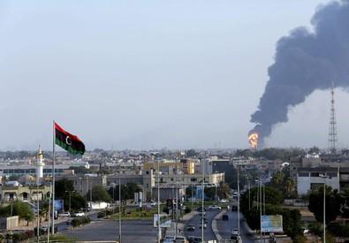 Sale la tensione in Libia (ANSA)