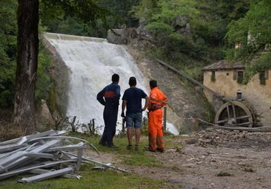 Il torrente Lierza a Refrontolo (Treviso) dopo l'esondazione, 03 agosto 2014 (ANSA)