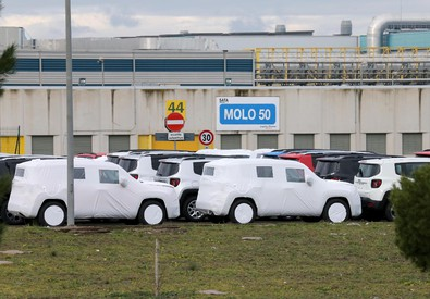 Lo stabilimento di Melfi (Potenza) della Fiat-Fca (ANSA)